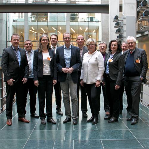 SHV | Verbände treffen in Berlin den gesundheitspolitischen Sprecher der CDU/CSU-Fraktion für den Bereich Heilmittel Dr. Roy Kühne, MdB