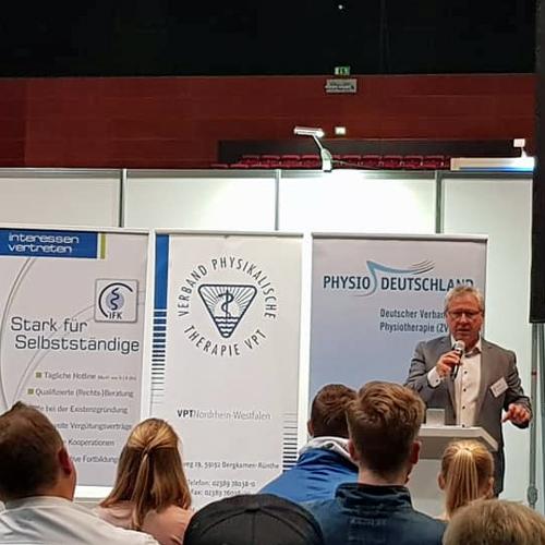 IFK, VPT und ZVK mit Gemeinschaftsstand bei therapie on tour in Bochum