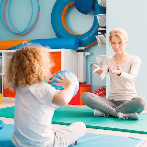 Umfrage | Therapie in Kitas und Grundschulen