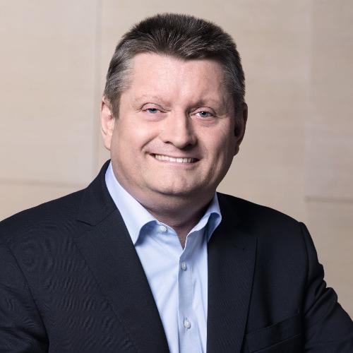 Gesundheitsminister Gröhe (CDU) sieht Handlungsbedarf im Bereich der Physio- und Ergotherapie